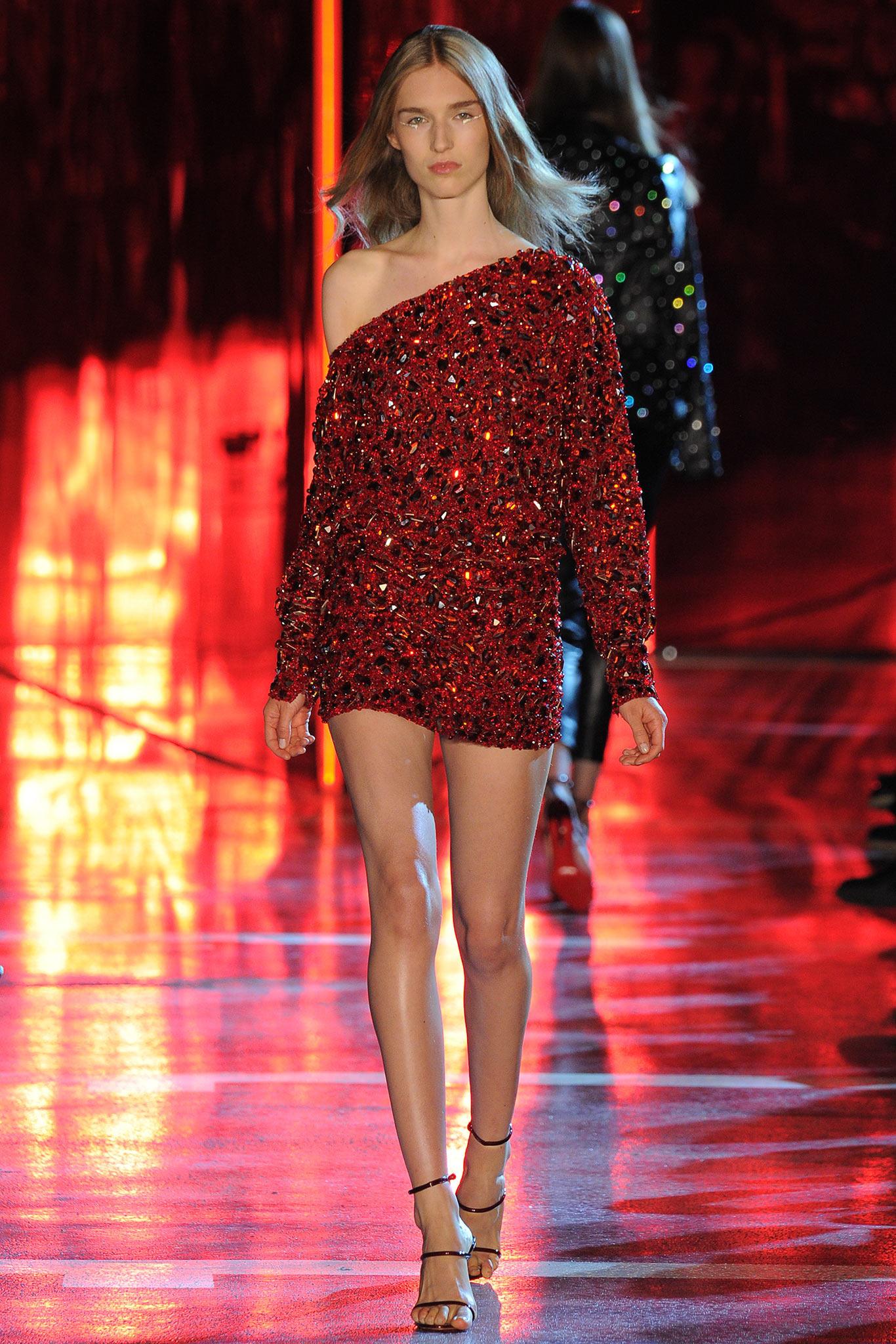 Alexandre vauthier haute couture fall winter 2014 15 - Chambre syndicale de la haute couture parisienne ...